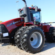 4WD Tractor TRACTION:  Pulling 550 hp Implement